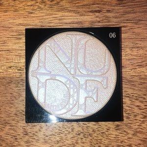 Dior Makeup - Dior Nude Luminizer Shimmering Glow Powder
